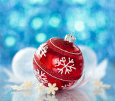 Red ball with snowflake — Stock Photo