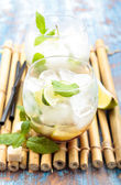 Mojito cocktail. — Stockfoto