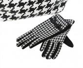 Gloves for women — Stock Photo