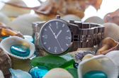 Wrist Watch. seashell — Stock Photo