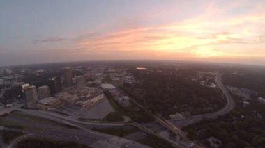 Atlanta city aerial over freeway — Stock Video