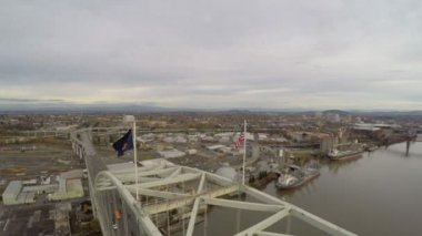 Portland aerial closely over Fremont bridge. — Stock Video