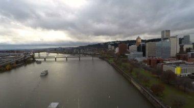 Portland aerial over Willamette river bridges — Stock Video