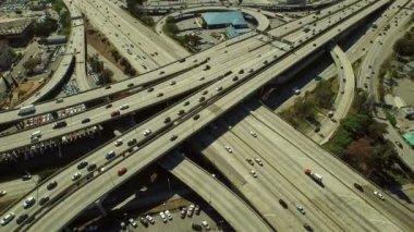 Freeway interchange in Los Angeles — Stock Video