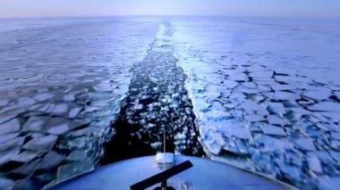 渡轮在冬天 — 图库视频影像
