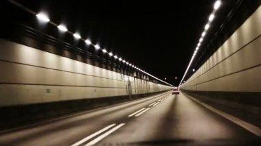 Tunnel — Vidéo