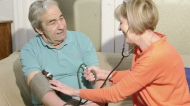 Blood pressure check — Stock Video