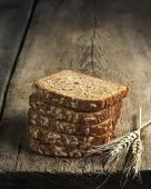 Sliced rye bread with sunflower seeds — Stock Photo