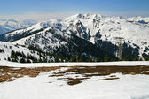 Alpine view of engaging fresh snow — Stock Photo