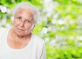 Adorable old woman face — Stockfoto