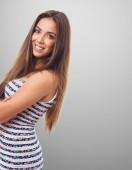 漂亮的年轻女人微笑 — 图库照片