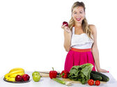 Woman preparing fruits and vegetables — Stock Photo