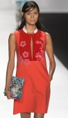 Vivienne Tam - 2015 Spring Collection — 图库照片