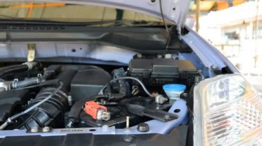 Ładowanie baterii samochodów — Wideo stockowe