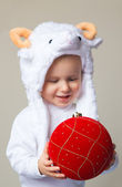 Baby in sheep hat New Year 2015 — Stock Photo
