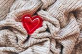Knitted wool, red heart, valentine — Stock Photo