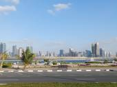 DUBAI, UAE - FEBRUARY 02, 2014 General view of the Dubai Marina. In the city of artificial channel length of 3 kilometers along the Persian Gulf. — Stock Photo