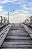Old timber bridge — Stockfoto