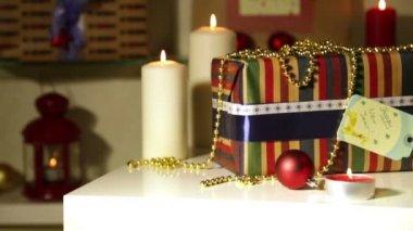 Regalos de navidad con luces — Vídeo de stock