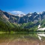 Scenic mountain views, Avalanche Lake, Glacier National Park Mon — Stock Photo #74969537