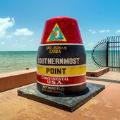 The Key West, Florida Buoy sign marking the southernmost point o — Stock Photo