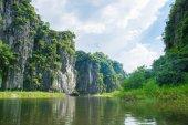Toeristische boot meest populaire plaats in vietnam — Stockfoto