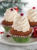 Gingerbread cupcake — Stock Photo