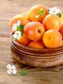 Fresh apricots — Stock Photo
