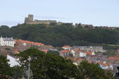 Scarborough roof tops and Castle — Stock Photo