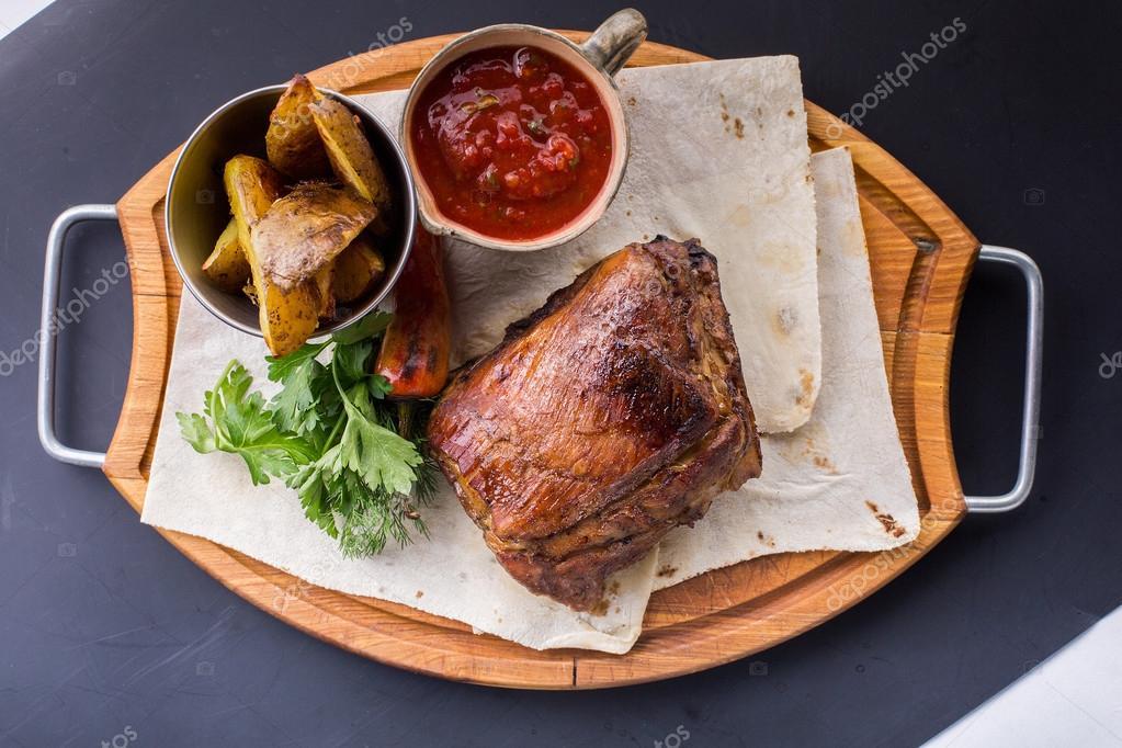 Рецепт жареная свинина с подливкой рецепт