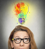 Woman having brilliant idea — Stockfoto