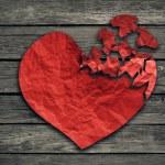 Broken heart breakup concept separation and divorce icon — ストック写真 #72198355