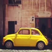 Retro Fiat 500 car — Stock Photo