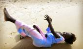 SENEGAL - SEPTEMBER 16: unidentified girl from the island of Car — Foto de Stock