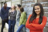Group Of Teenage Friends Hanging Out In Urban Setting — Stock Photo