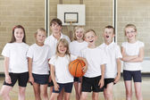 Pupils In Elementary School Basketball Team — Stock Photo