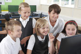 Group Of Elementary School Pupils In Computer Class — Stock Photo