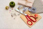 Nähen-werkzeuge und zubehör für tabelle — Stockfoto