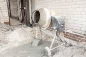 The cement mixer — Stock Photo