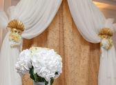 Flowers at the wedding — Stock Photo