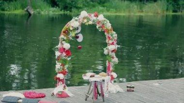 Арка Свадебная церемония — Стоковое видео