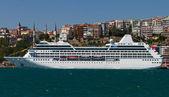 Cruise Ship — Stock Photo