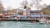 Fish restaurants in Rumelikavagi, Istanbul — Стоковое фото