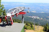 Closed ski lift in the Polish mountains — Stock Photo