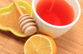 Cup of healthy tea with honey ginger and lemon — Photo