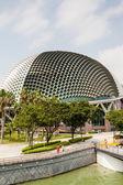 Singapore Landmark: Esplanade Theatres on the Bay — Stock Photo