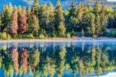 Canadian Landmark: Patricia Lake at Jasper National Park — Stock Photo