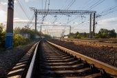 Demiryolu parça görünümü aşağıdan — Stok fotoğraf
