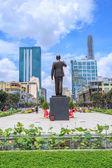 HO CHI MINH CITY, VIETNAM - JULY 26, 2015:  New statue of Ho Chi Minh in Ho Chi Minh City at district 1, center of SaiGon — Stock Photo