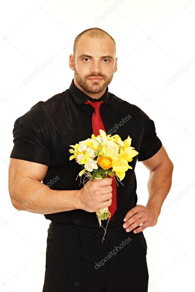 Grand homme d tient le bouquet de fleurs photographie for Bouquet de fleurs homme